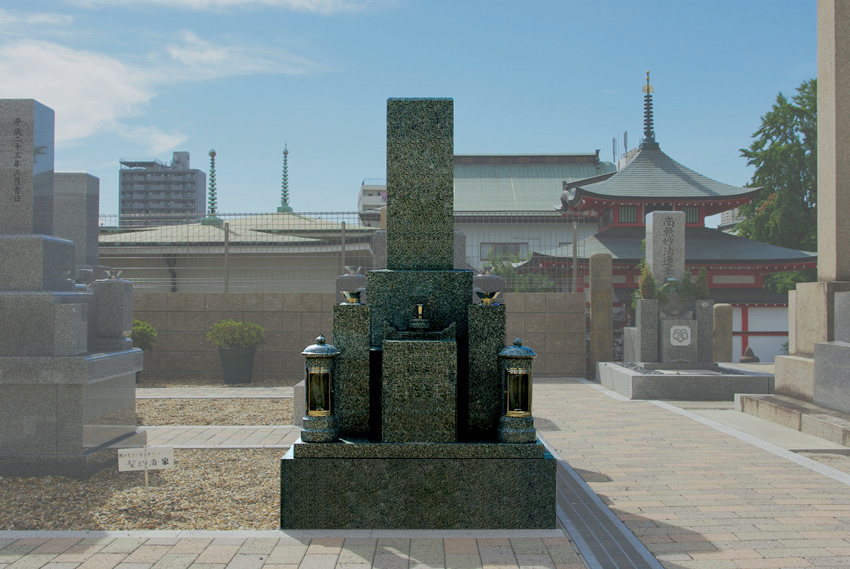 本政寺墓地1聖地